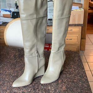 Tory Burch Linnett boot, never worn! Wedge boot
